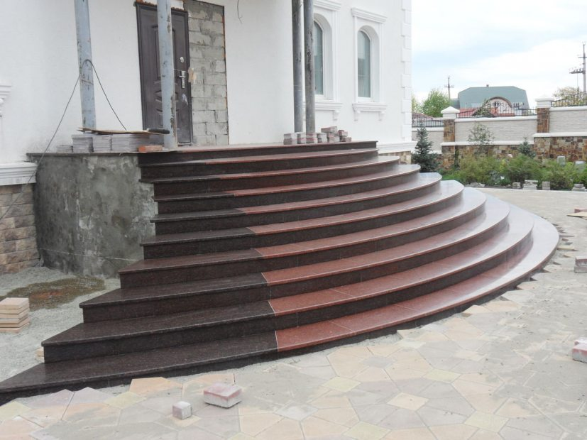 Лестницы и ступени из гранита - 8