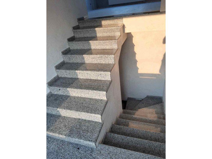Лестницы и ступени из гранита - 29