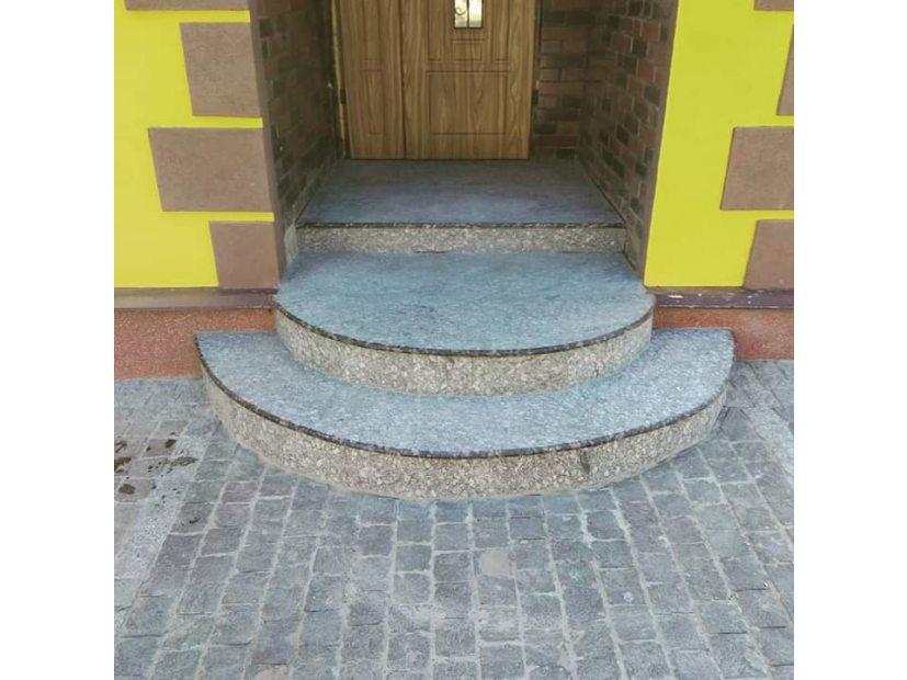 Лестницы и ступени из гранита - 15