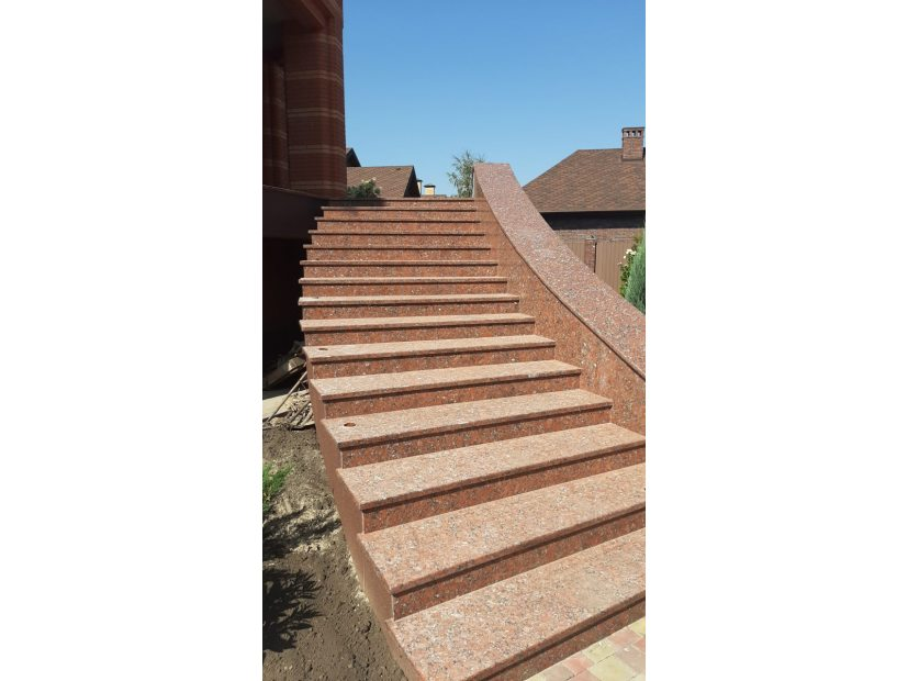 Лестницы и ступени из гранита - 22